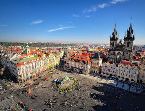 Prag-Gezilecek-Yerler-tyn-kilisesi