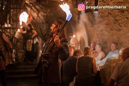 Prag orta çağ gecesi